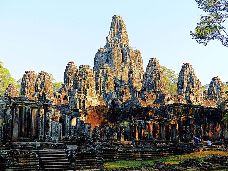 Luces y sombras en el renacer de Camboya, cuna del Imperio Jemer