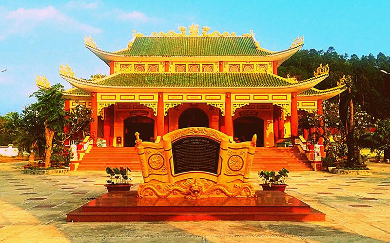 Herencia cultural china en los templos vietnamitas, Ha Tien
