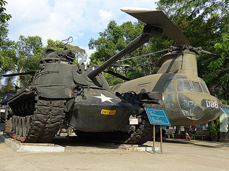 Tanue y avión de guerra que EEUU abandonó al huir en Vientam