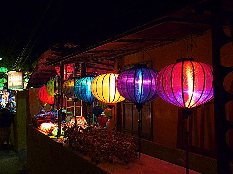 Linternas de colores, en Hoi An