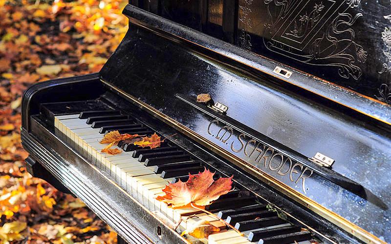 piano otoño
