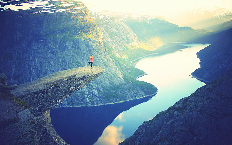 yoga acantilado